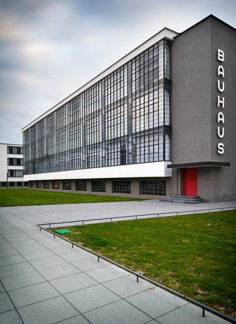 Dessau Bauhaus - Walter Gropius